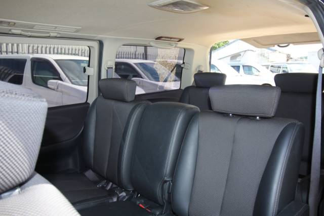 2006 Nissan Elgrand 2.5 Highway Star
