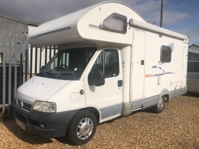 Fiat Ducato 2.3 Swift Sundance 600S 4 Berth end bathroom Motorhome Diesel WhiteFiat Ducato 2.3 Swift Sundance 600S 4 Berth end bathroom Motorhome Diesel White at Camper Van Centre Southampton
