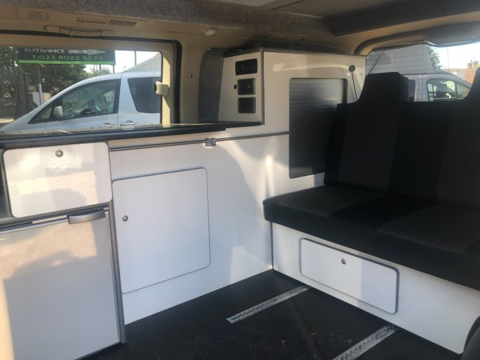 Nissan Elgrand 4x4 Mistral Camper 4 berth Highway Star 2.5 4x4 Motorhome Petrol Pearlescent White